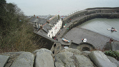 Clovelly-harbour